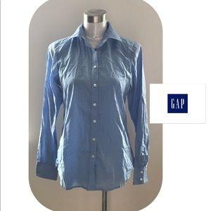 Gap Button down shirt NWOT